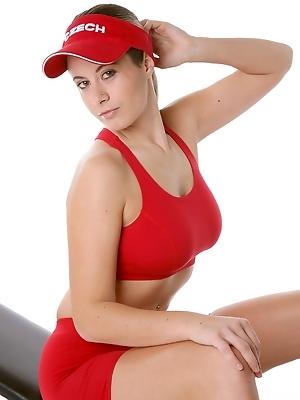 Elya - Sporty Day
